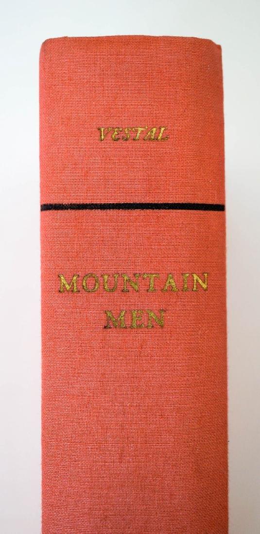 Mountain Men by Stanley Vestal