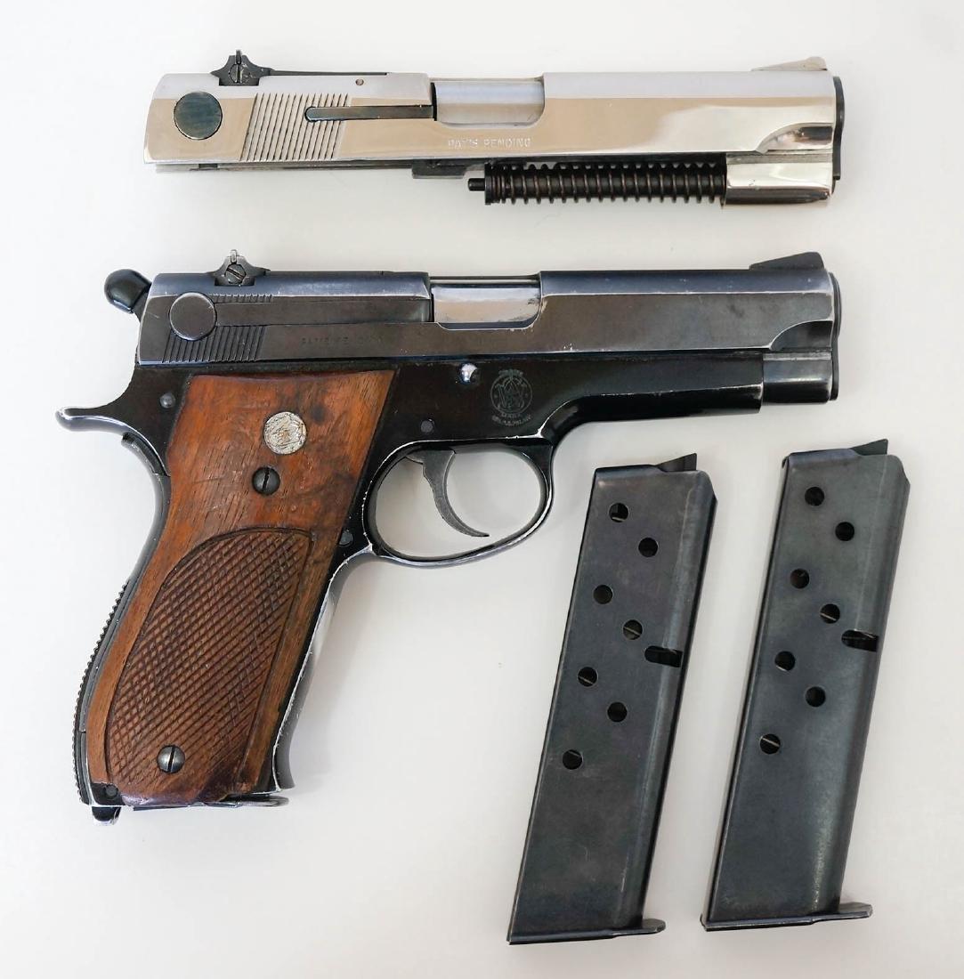 Smith & Wesson Model 39 Pistol