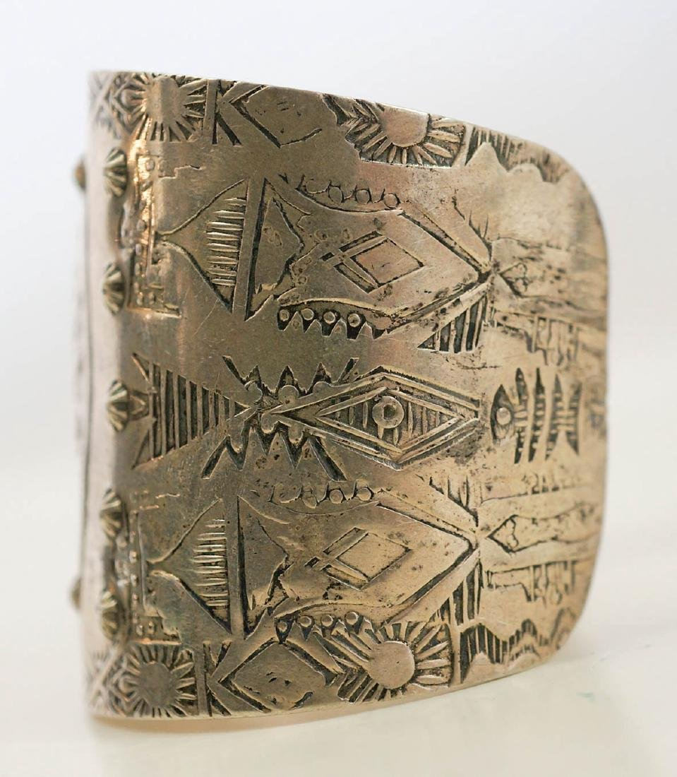 An Old Native American Sterling Cuff Bracelet - 2