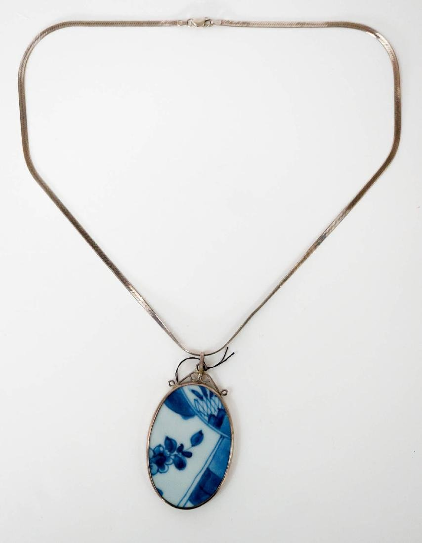 Chinese Blue and White Porcelain Pendant Necklace