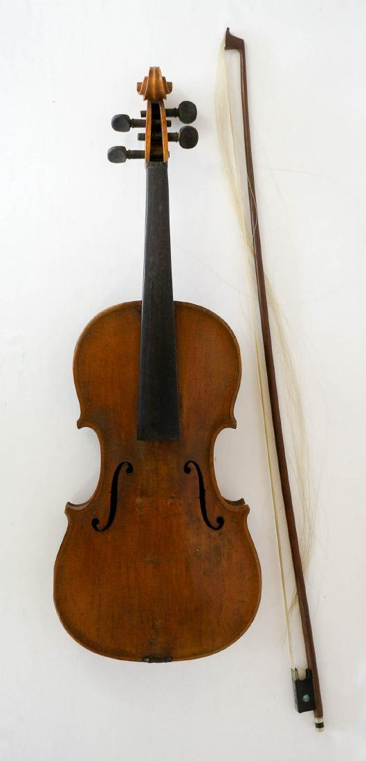 Antique 4/4 Violin with Bow and Case