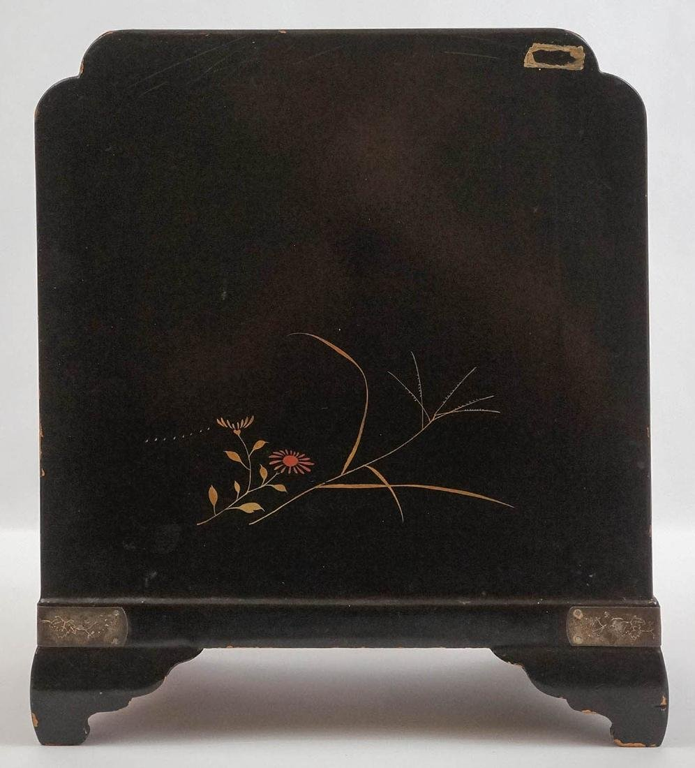 Signed Chinese Black Lacquer Jewelry Chest - 4