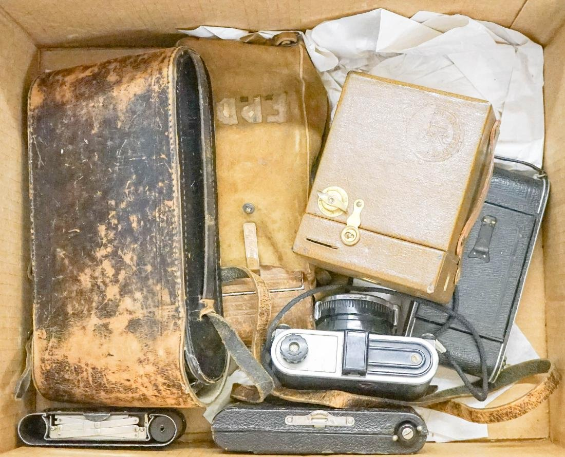 A Group of Vintage and Antique Cameras