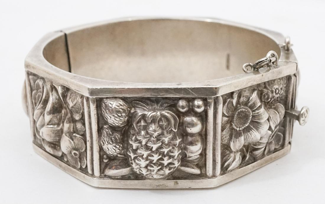 Continental Silver .833 Signed Floral Bracelet - 2
