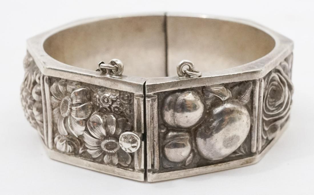 Continental Silver .833 Signed Floral Bracelet - 3