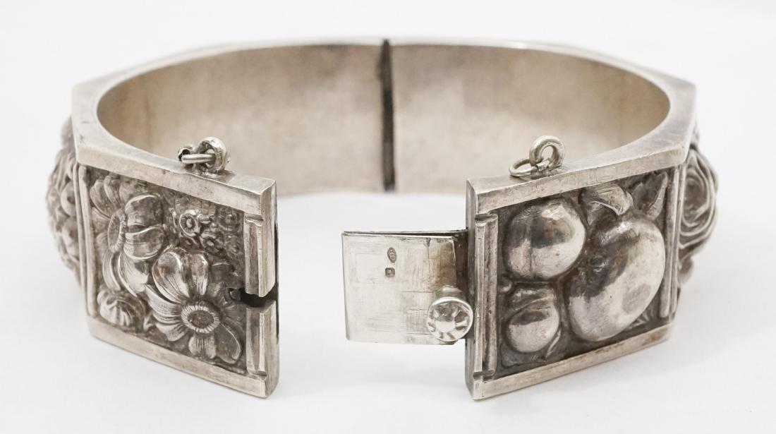 Continental Silver .833 Signed Floral Bracelet - 4