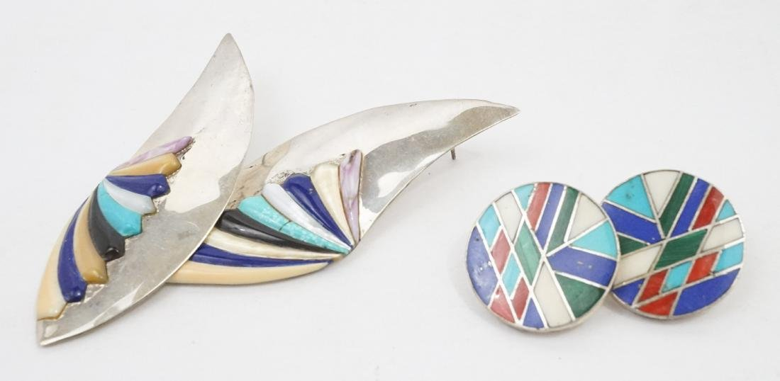 A Group of Native American Southwest Jewelry - 5