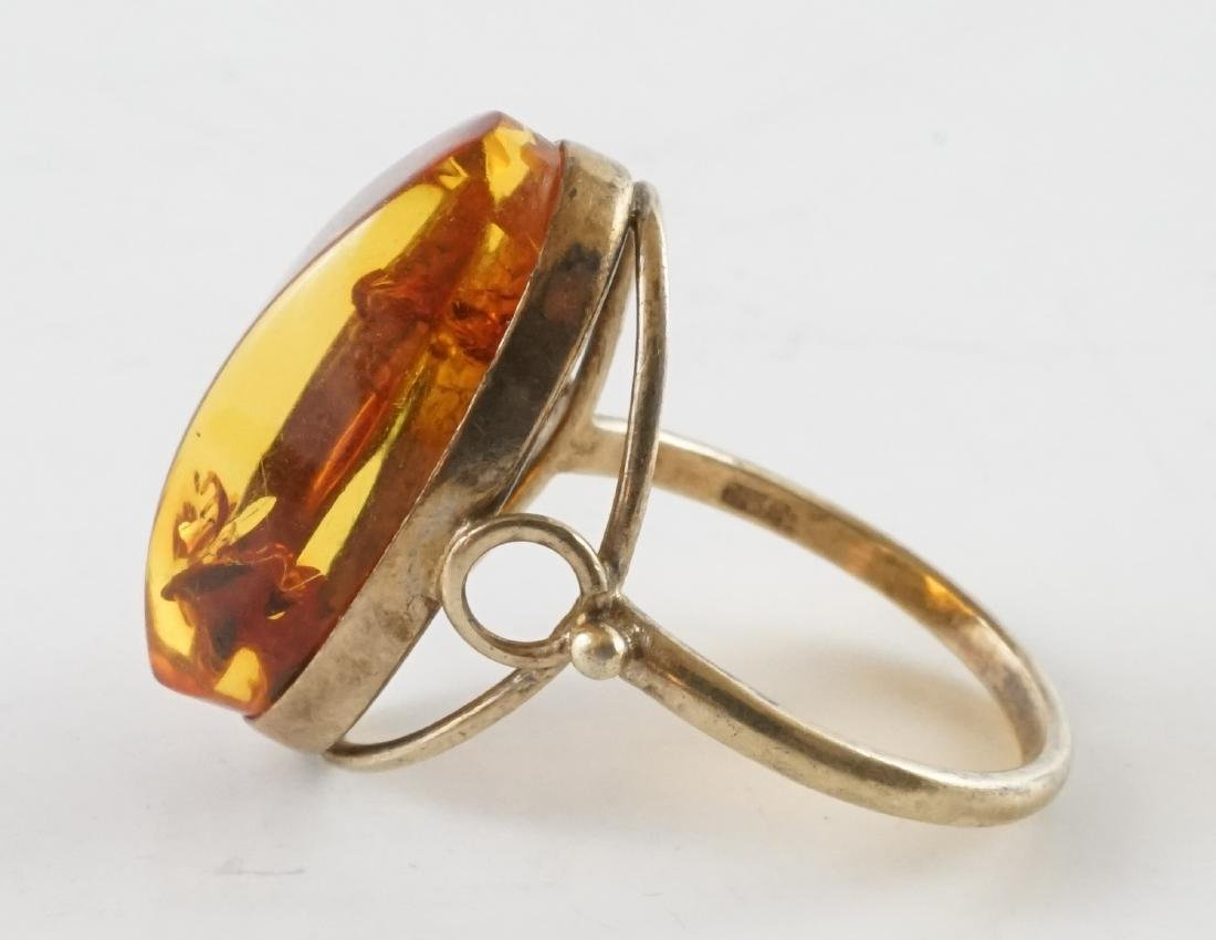 21k Gold Amber Woman's Ring - 2
