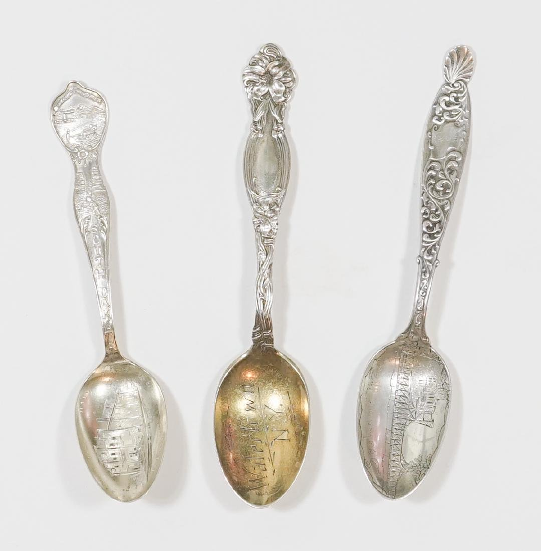 A Large Group of Sterling Souvenir Spoons, 7 ozt - 2
