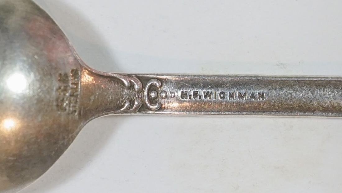 A Large Group of Sterling Souvenir Spoons, 7 ozt - 9