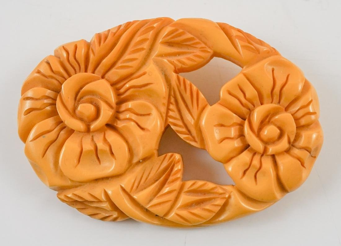 Two Vintage Large Bakelte Floral Brooches - 2