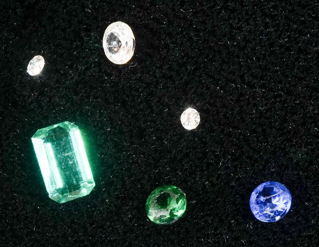 Six Loose Stones with Emerald