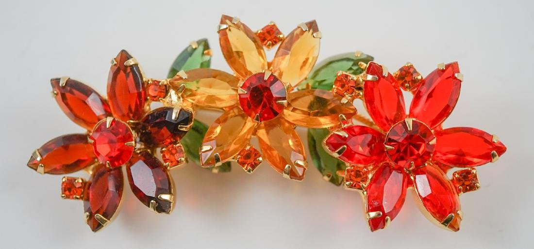 Four Vintage Costume Brooches - 4