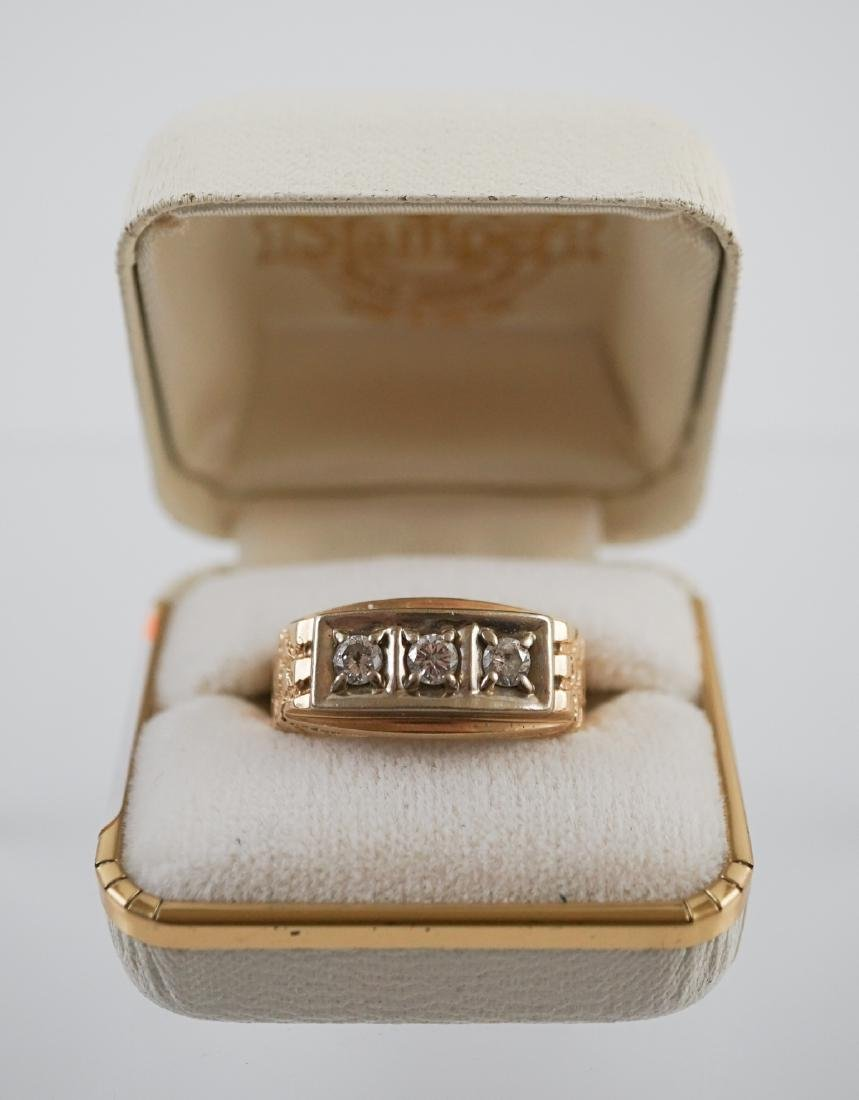 Gentleman's 14K Gold and Diamond Ring