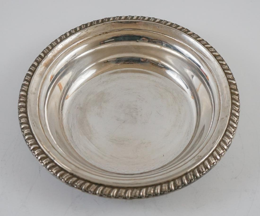 Three Sterling Bowl Weighing 28.55 Troy Ounces - 5
