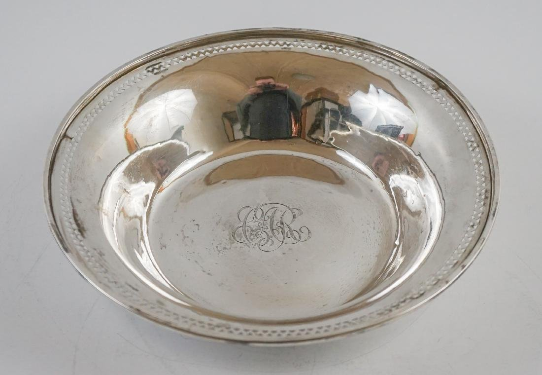 Three Sterling Bowl Weighing 28.55 Troy Ounces - 8