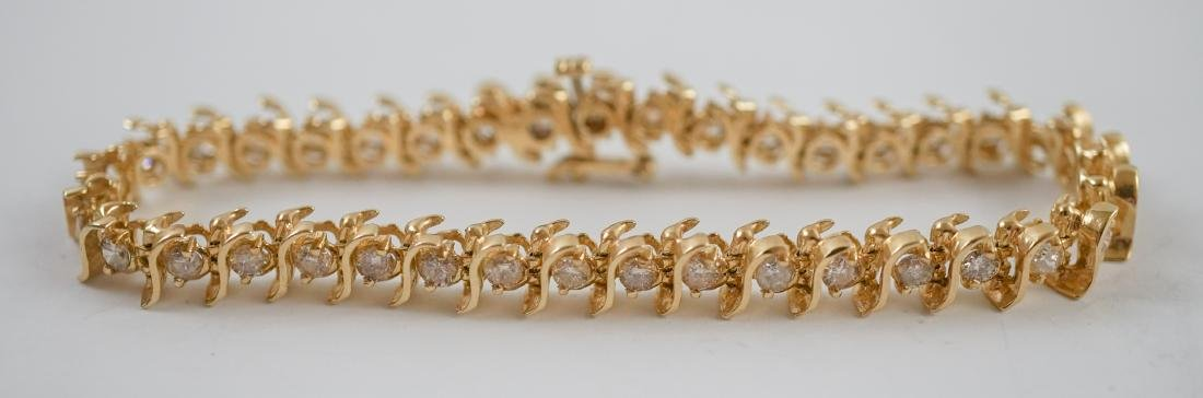 14K Gold and Diamond Tennis Bracelet - 3