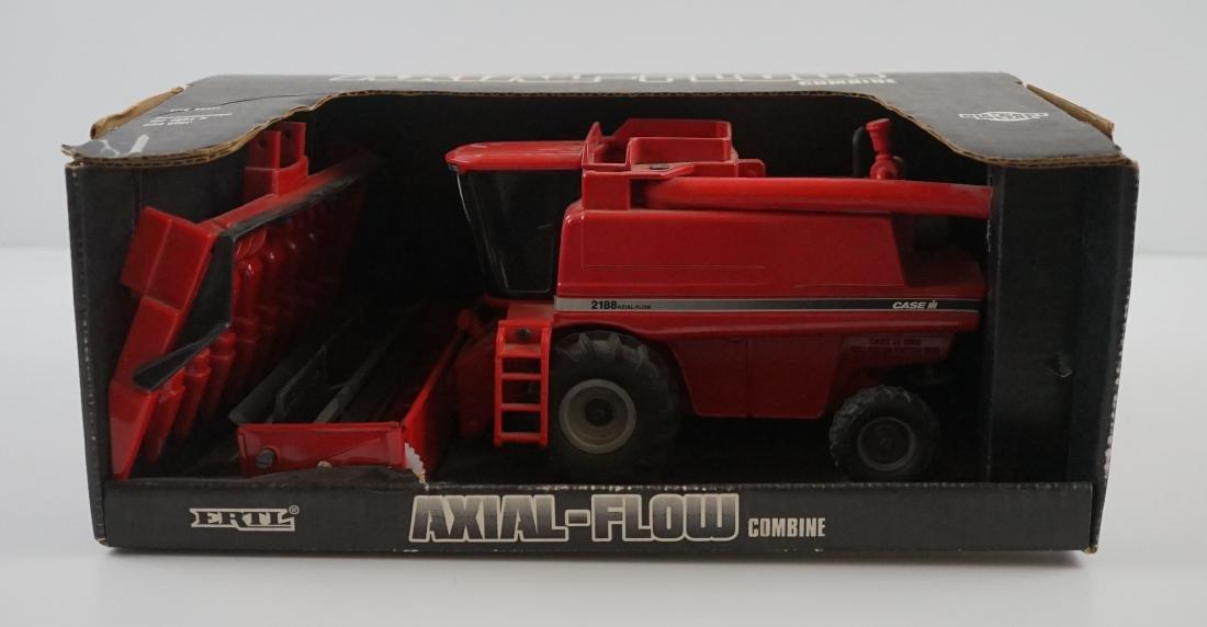 Ertl Case IH 2188 1995 Collector Edition Combine