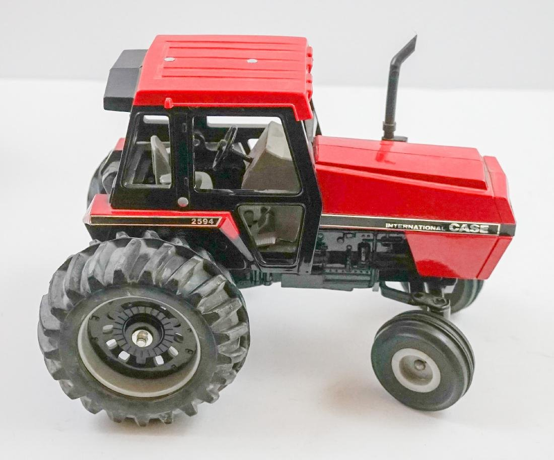 Ertl Case IH 2594 MIB 1:16 Scale Model - 2