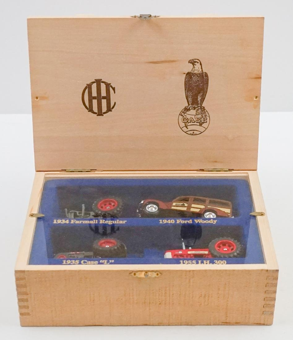Case Set Mint in Wood Box