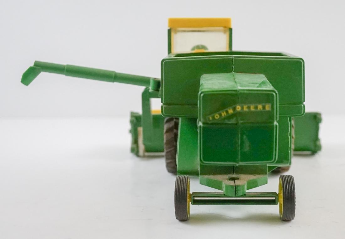 Vintage John Deere 1:16 Scale Model Combine - 4
