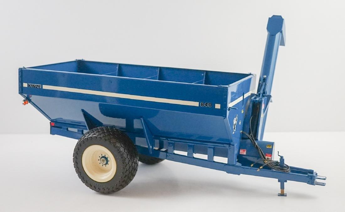Kinze 1:16 Scale 840 Wagon NrMt/Mt