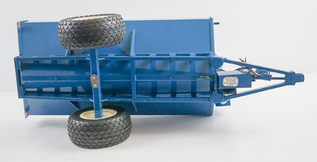 Kinze 1:16 Scale 840 Wagon NrMt/Mt - 9
