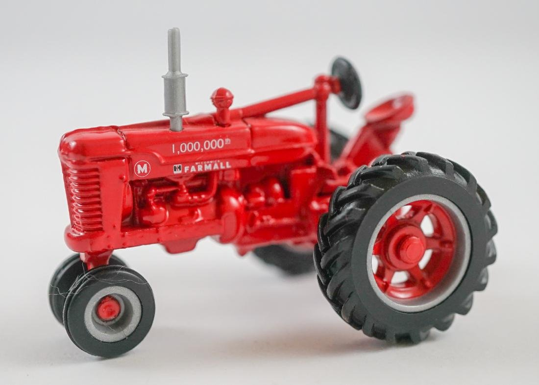 Scale Models Case IH Heritage Collection MIB 1:32 - 4