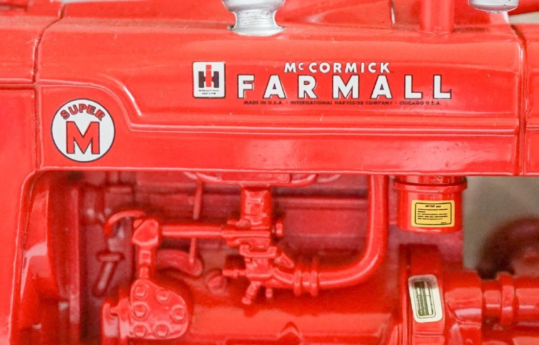 Farmall Super M Ertl - 5