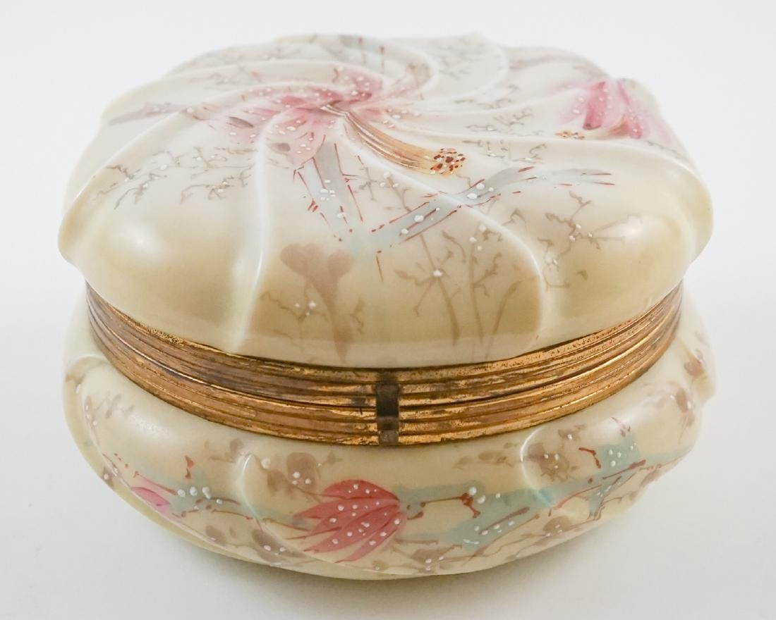 Wave Crest Large Dresser Box