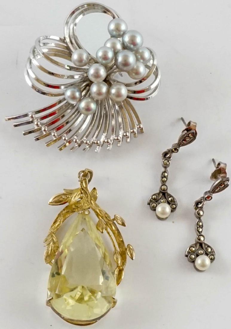 Vintage Ladies Sterling Jewelry with Pearls