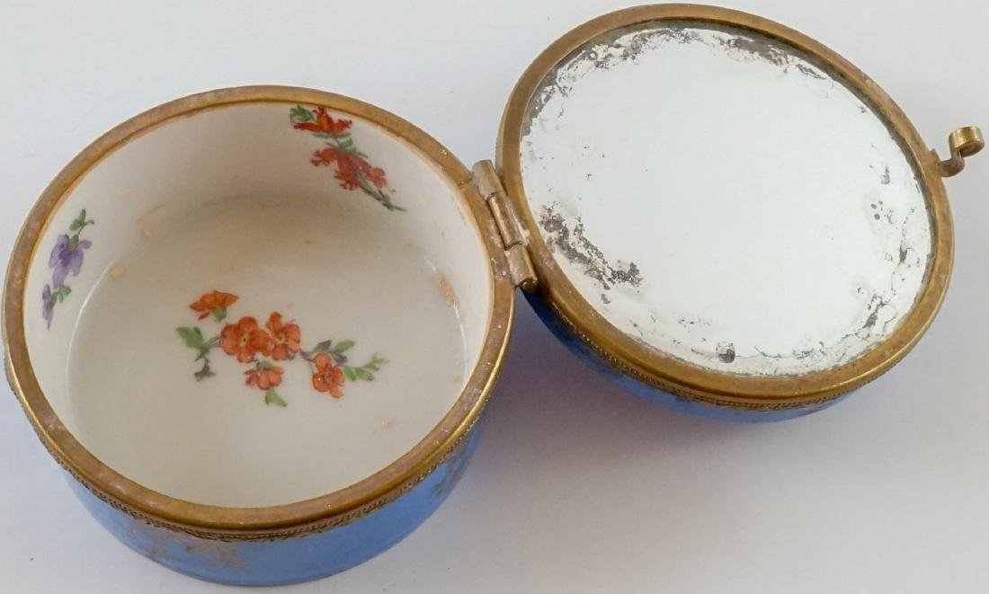 Three Antique Porcelain Trinket & Dresser Boxes - 4