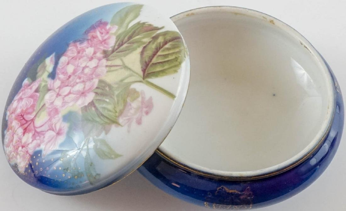 Three Antique Porcelain Trinket & Dresser Boxes - 6