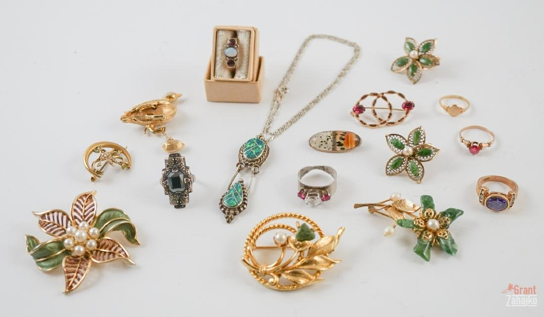 Estate Jewelry Group of Gold, Silver & Costume