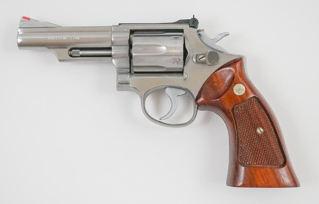 Smith & Wesson .357 Magnum Model 66 - 4