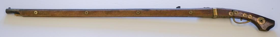 An Antique Japanese Gun - 2
