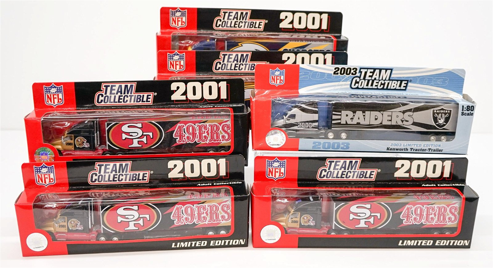 NFL Teams 1:80 Scale Model Tractor Trailers (6)