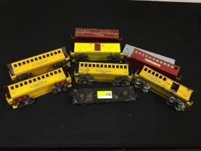 MIXED LOT OF VINTAGE TRAIN CARS. MANUFACTURED BY THOMAS