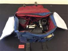NICE VINTAGE 35mm MINOLTA CAMERA AND ACCESSORIES WITH