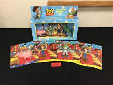 LOT OF FIVE VINTAGE TOY STORY . ONE GIFT SET, ONE HAMM,