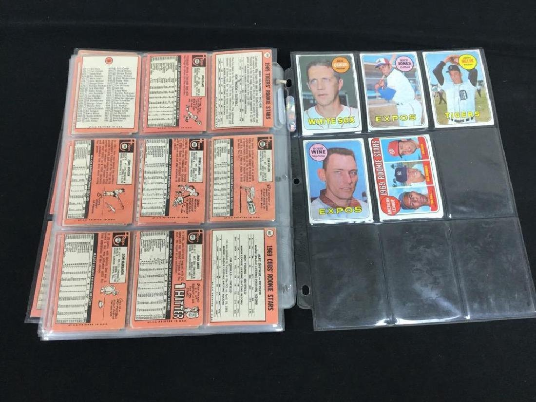 86 COUNT VINTAGE MIXED LOT 1969 TOPPS BASEBALL CARDS. - 10