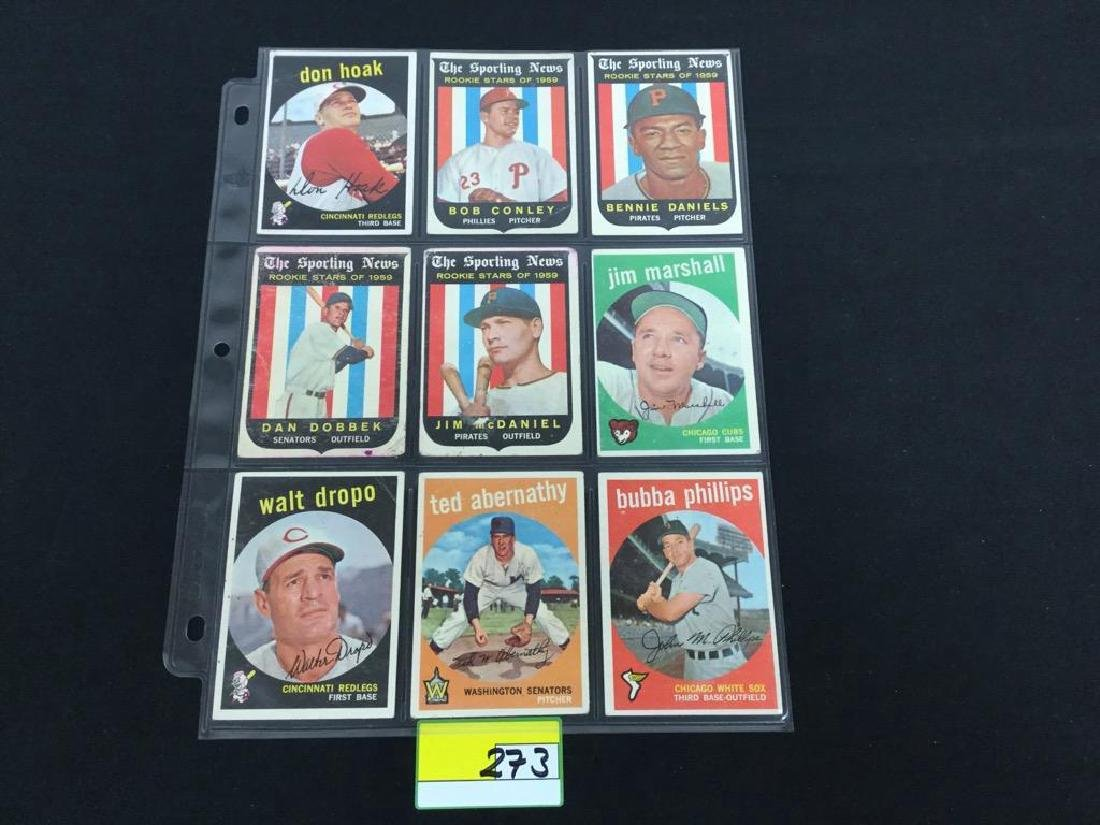 49 COUNT VINTAGE MIXED LOT 1959 TOPPS BASEBALL CARDS.