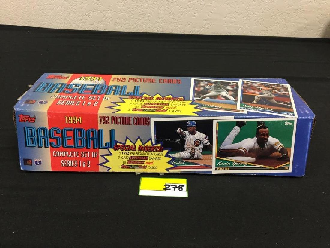 TOPPS 1994 792 COUNT BASEBALL CARDS. COMPLETE SET OF