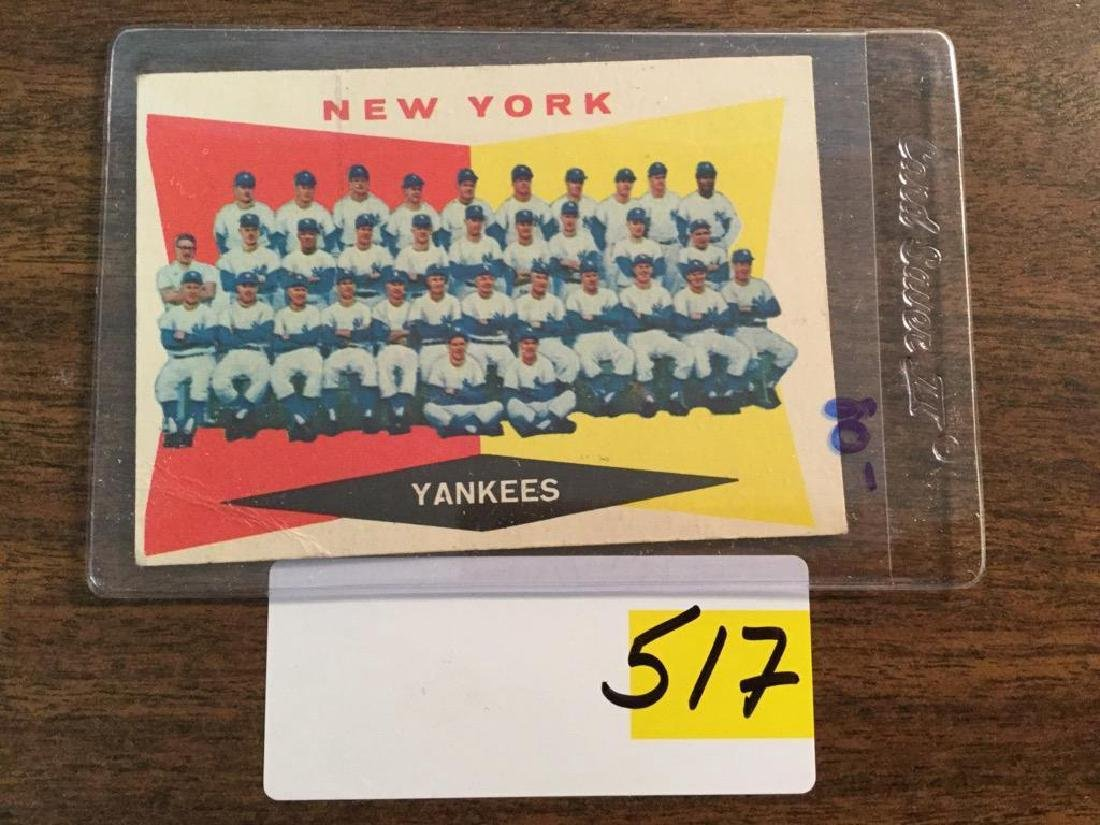 1960 TOPPS YANKEES TEAM CARD