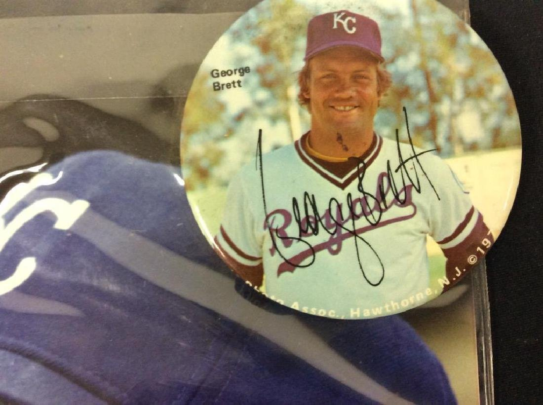 INCREDIBLE BONANZA OF GEORGE BRETT AUTOGRAPHS. BUTTONS - 3
