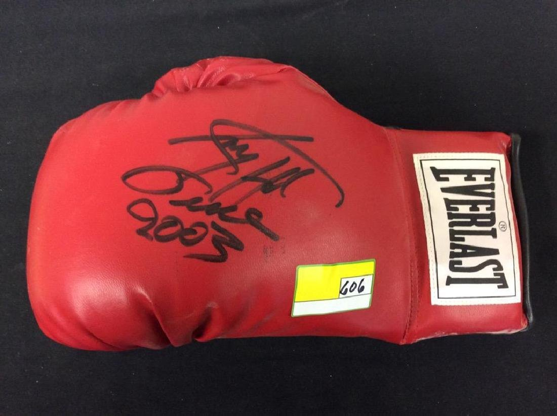 HAND SIGNED AUTOGRAPHED LARRY HOLMES EVERLAST BOXING