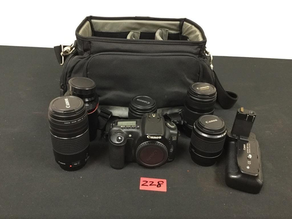CANON EOS 20D kit. Complete with Body, 5 additional