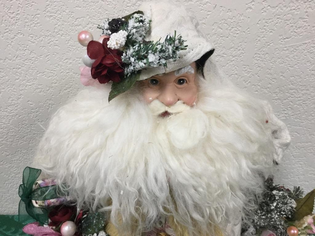 """18"""" Santa Tree Topper in White Robes with Flowers"""