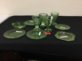 11 count. VINTAGE Art Glass place setting pieces in