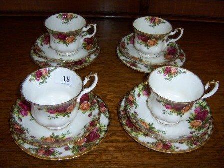18: Royal Albert 'Old Country Roses' 4 Trios